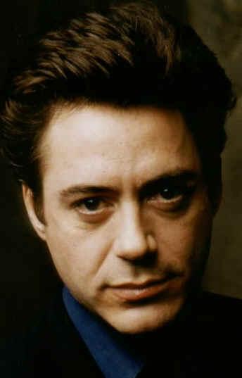 Robert Downey Jr. (Larry Paul)
